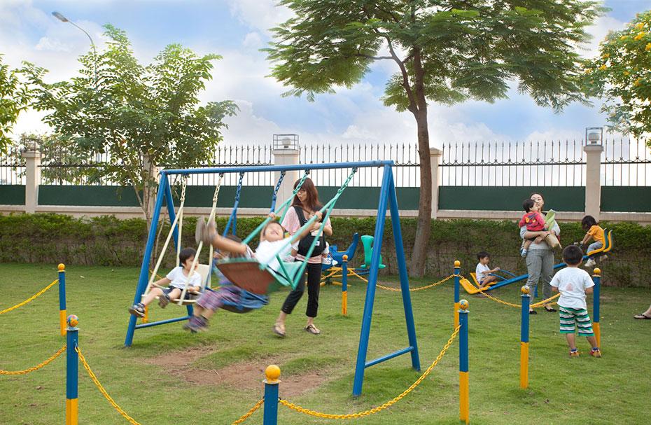 Sân chơi ngoài trời nơi giúp trẻ không bị tự kỉ