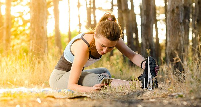 Top 5 bài tập kéo căng cơ lưng giảm đau lưng hiệu quả