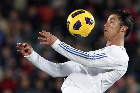 11 bài tập bóng đá.png