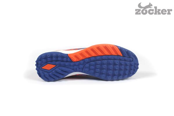 giày bóng đá Zocker