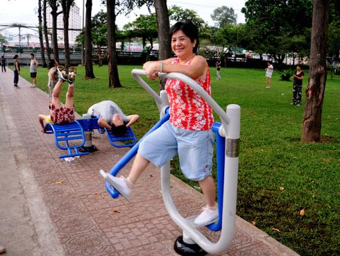 Địa Chỉ bán xà đơn ngoài trời tại Hà Nội, TPHCM, Đà Nẵng