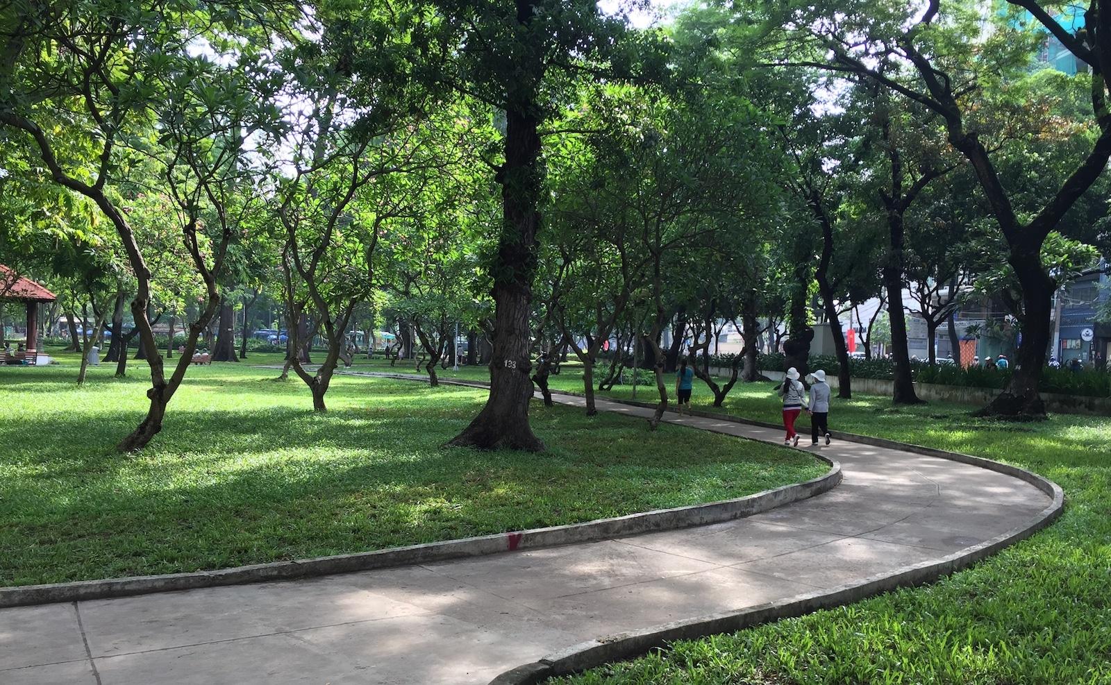 Những điều cần biết khi chạy bộ ngoài công viên