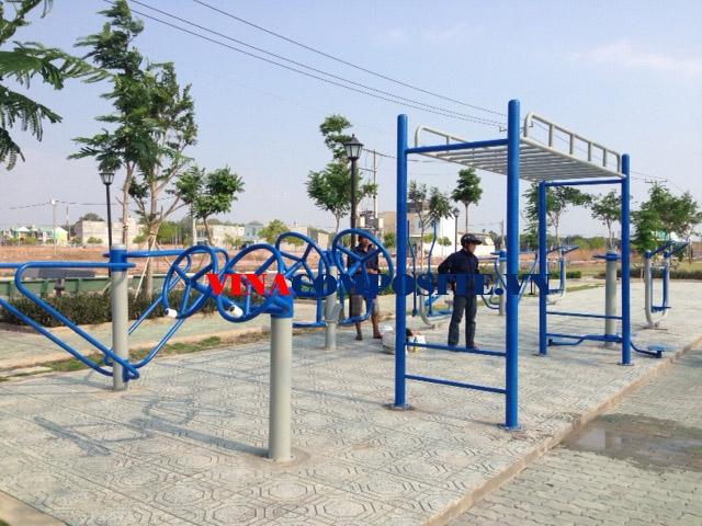 Khỏe cùng máy tập thể dục công viên không hề khó?2
