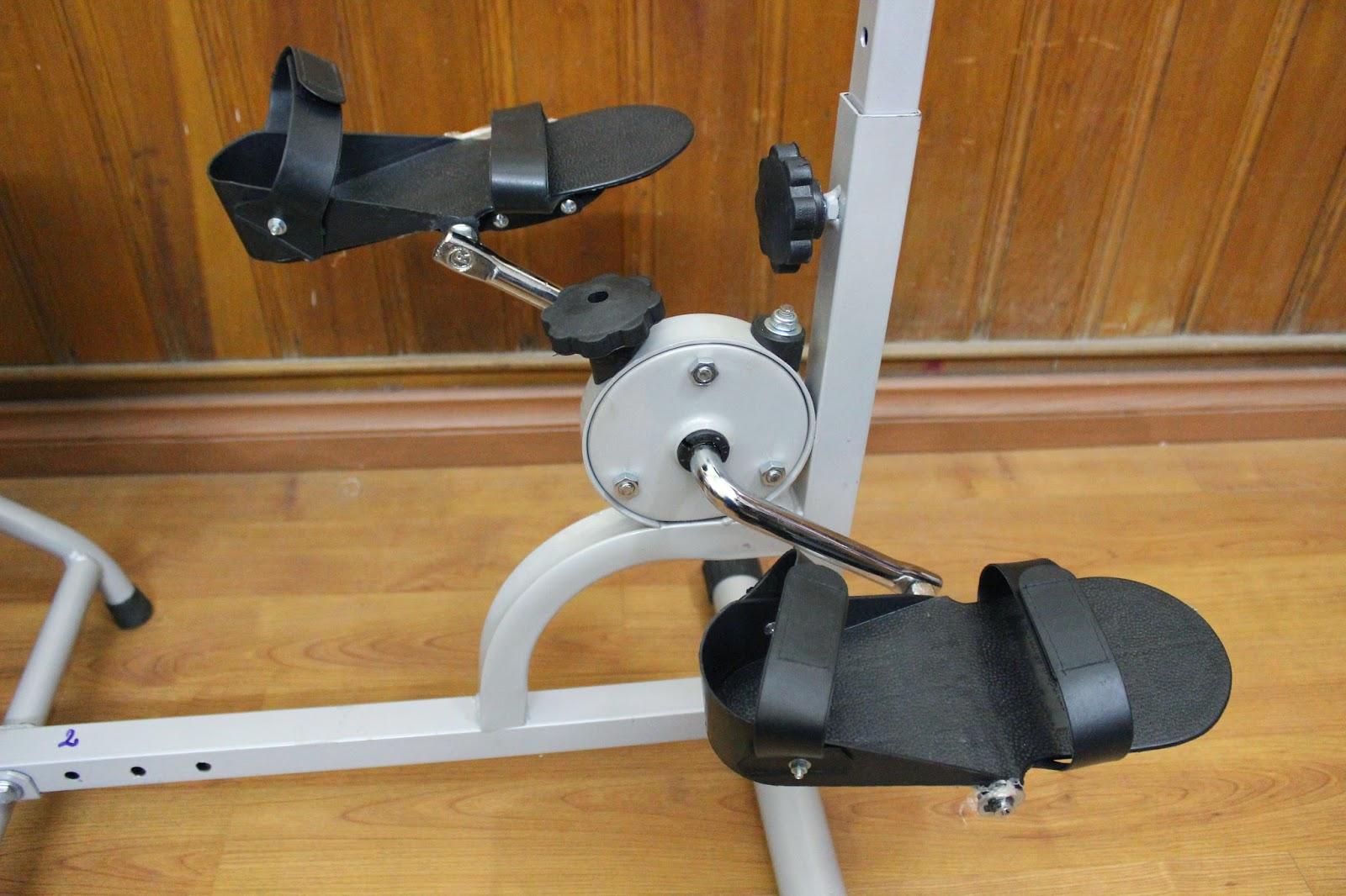 tập chân thiết bị phục hồi chức năng 4 trong 1