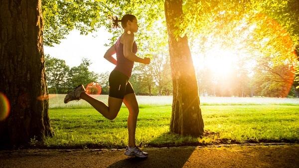 Chia sẻ những cách tập thể dục ngoài trời vào buổi sáng