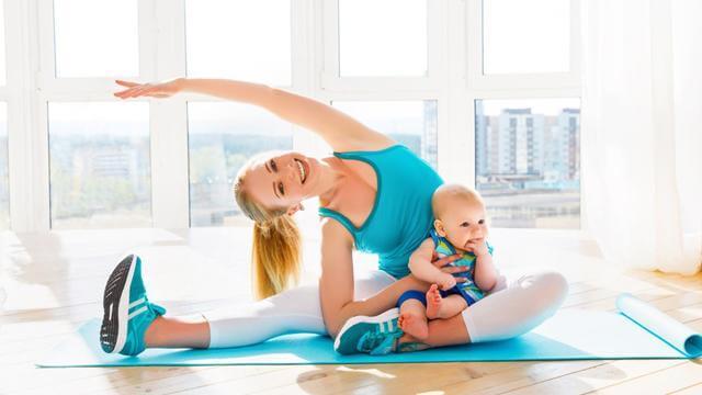 Máy chạy bộ giúp giảm mỡ bụng sau sinh