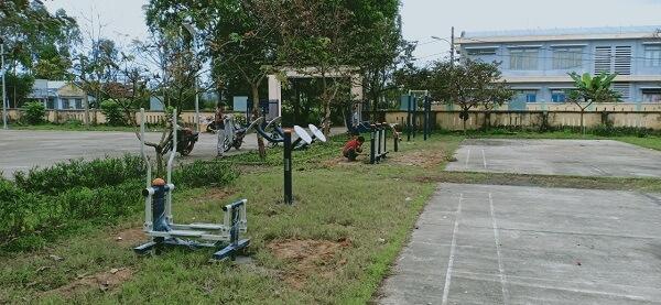 Máy tập công viên có để được ở chung cư không?